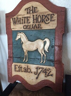 The White Horse Cellar Whisky Sign Syroco 1742