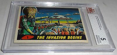 1962 Mars Attacks The Invasion Begins Card # 1 BVG 5 Excellent Like PSA BGS