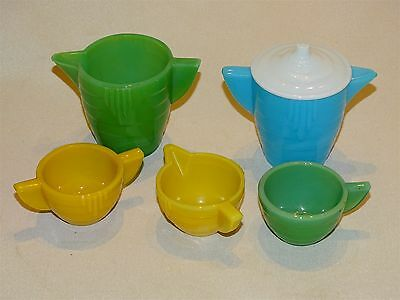 Akro Agate Child's Dishes Stacked Disc 2 Teapots 1 Lid 1 Cup + Cream & Sugar