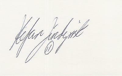 A 14 cm x 9 cm white card. Personally signed by footballer Stefan Lindqvist.
