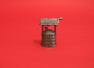 Garden Wishing Well Thimble Miniature Pewter Collectible Thimble Mother Gift