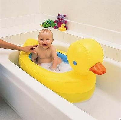 Munchkin White Hot Inflatable Bath Safety Duck Tub - Suitable for 6 - 24 Months
