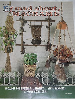 Vtg 1970s Hazel Pearson Pattern Book MAD ABOUT MACRAME' by Joyce Bennett HA36