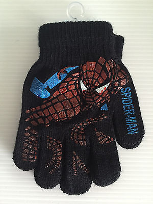 BNWT Boys Super Smart Black Spiderman Print Stretch Warm Acrylic Knit Gloves
