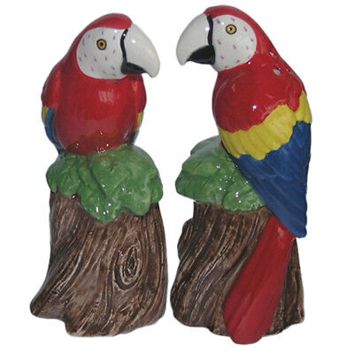 Collectable Novelty Salt and Pepper Shakers Set MACAW PARROTS Set FREEPOST NEW