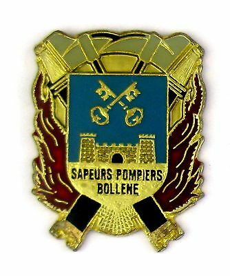 Pin's pin badge ♦ SAPEURS POMPIERS BOLLENE (VAUCLUSE)