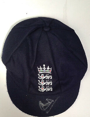 Ian Botham Signed England Cricket 'baggy Green' Test Cricket Cap+Photo Proof
