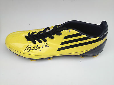 Bobby Charlton Signed Manchester United Football Boot+Photo Proof*see Him Sign*