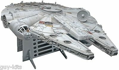 "STAR WARS, FALCON MILLENIUM -  KIT REVELL ""MASTER SERIES"" 1/72 n° 15093"