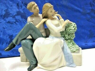 Perfect Couple Nao By Lladro   #1670