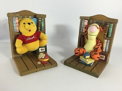 Set Of Two Disney Winnie The Pooh And Tigger Book Ends.