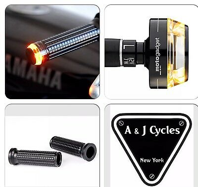 """Motogadget Bar End LED M-Blaze Disc Turn Signals With M-Grip 1"""" or 7/8"""