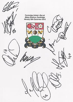 2 A4 white cards with the Barnet Badge. Signed by 19 players on 28.12.2015.