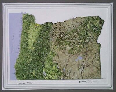 Oregon State Raised Relief Map - Natural Color Relief Style