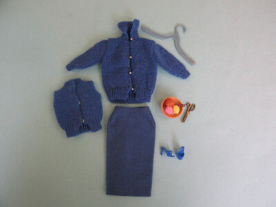 Barbie: Rare Vintage  Blue Knitting Pretty Outfit.  Metal Scissors.