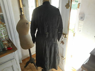 Robe Ancienne Manche Longues