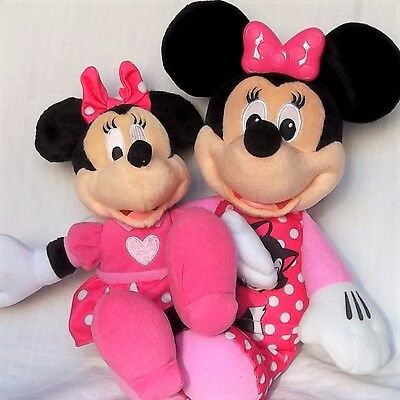 TALKING SINGING and BEDTIME LULLABY GLOW BOW MINNIE MOUSE SOFT TOY SET