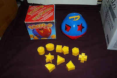 Vintage 1988 Tupperware Shape-O Shape Sorter Educational Toy COMPLETE W/BOX