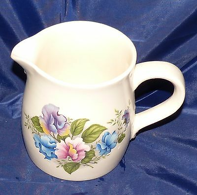 Purbeck Jug with Sweet Pea Design