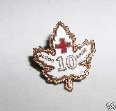 10 Year Blood Donor Pin - Canadian / Canada Red Cross SANG Very Good Condition