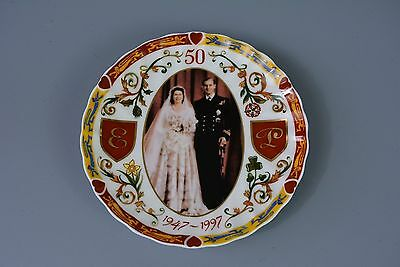 Wedgwood Bone China Collector's Plate Westminster Editions HM Queen Elizabeth