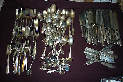 Huge 122pcs Mixed Silverplate Flatware 46 Spoons 23 Forks 53 Knives  AS IS