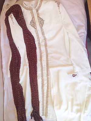 Men Bollywood Cream Sherwani With Trouser And Scarf Bnwt Size 46 Good Quality