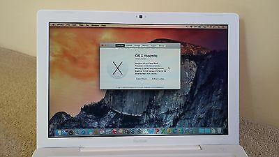 "Apple MacBook 13"" A1181 1.8GHz Core2Duo 60GB HDD + MS OFFICE 2011"