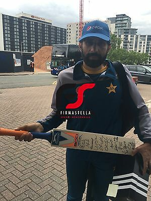 Pakistan Signed Cricket Bat 2016+Photo Proof*see Captain Misbah Hold This Bat*