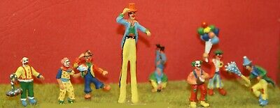 OO Scale Unpainted Models Kit Circus 8 Clowns Assorted CIR1