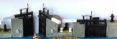 OO Scale Unpainted Model Canal-narrow lock gates & sundries for narrow boat F6a