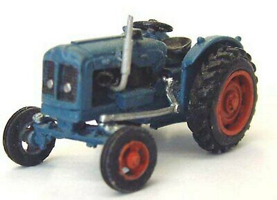 OO Scale Unpainted Model Kit Fordson Super Major farm tractor 1960 G152