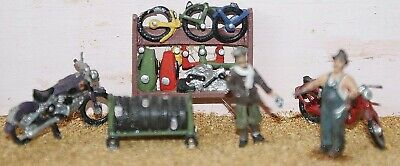 OO Scale Unpainted Model Kit Motor-cycle shop fitting & figures  F75e
