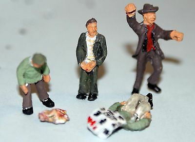 Langley Models 4 Standing drunks / winos / bums OO Scale UNPAINTED Kit F262