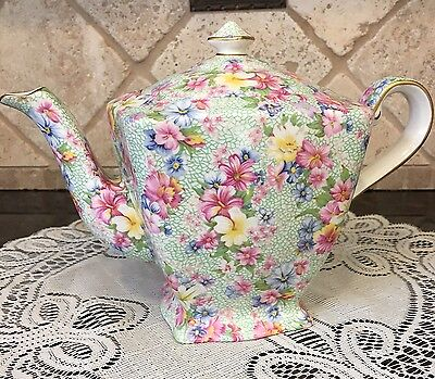 Grimwades Royal Winton MARION GOLD TRIM Ascot Teapot 6.5 inch tall  9 inch wide