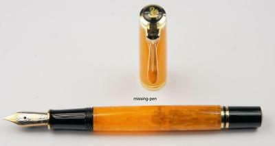 very rare Pelikan fountain pen M320 Orange in EF or M nib (  other on request)