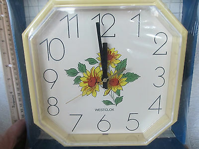 Vintage Westclox Yellow Daisy Sunflower Flower Quartz Wall Clock, New in Package