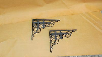 2 Vintage Cast Iron  Brackets 8  X 6  great condition