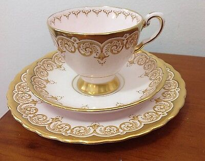 Tuscan Fine English Bone China Trio Set With Gold Trim 6709H