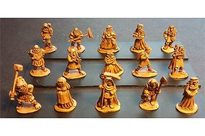 15mm Fantasy Human Civilians (15 figures)