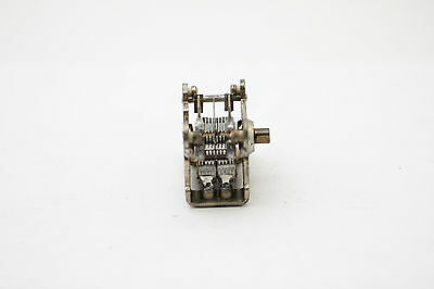 Air Variable Capacitor 2 X 210 Fm Nos (New Old Stock) 1Pc. Ca86U1F111016