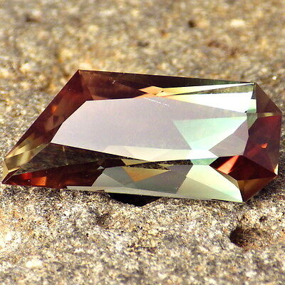 "GREEN PINK ORANGE ""MYSTIQUE"" OREGON SUNSTONE 9.37Ct FLAWLESS-FOR UNIQUE JEWELRY!"