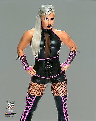 "WWE PHOTO DANA BROOKE WRESTLING DIVA OFFICIAL 8x10"" STUDIO PROMO BRAND NEW NXT"