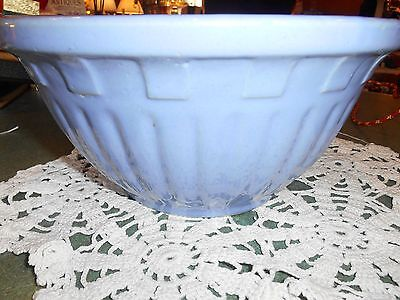 Vintage Watt Wear bowl