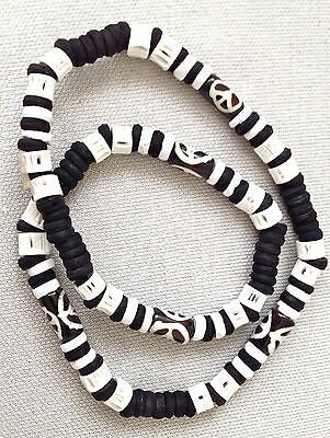 CND Surfing tribal black & white coco wood elasticated boys girls necklace N0423