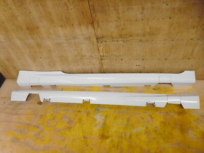 Genuine Ford Fiesta 3 Door Pair Of Side Sill Skirts In Frozen White 2012 - 2016