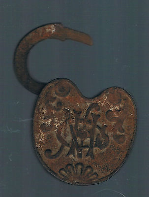 Antique Heart-Shaped LOCK (Letters)