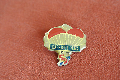 18339 Pin's Pins Fromage Cheese Caprice Des Dieux A Deux Parachute