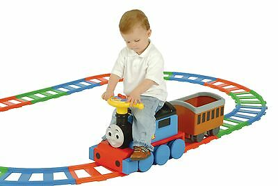 Thomas & Friends Battery Powered Train and 22 Piece Track Set