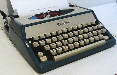 Typewriter   Imperial  Portable - Dark Blue & Rich Cream - With Ribbon - Cased